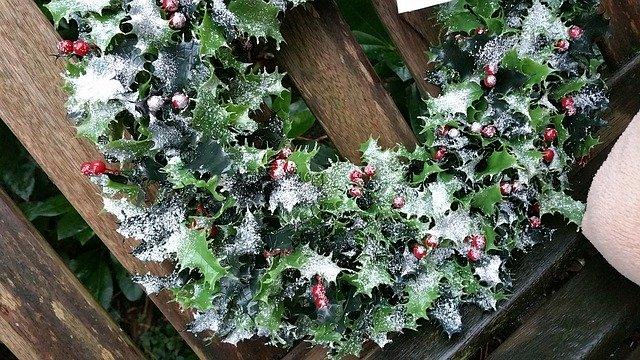 クリスマスの柊の飾り